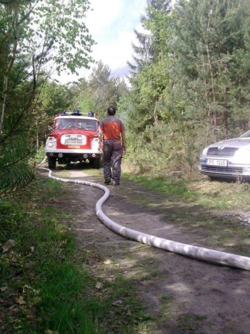 požár lesa HB